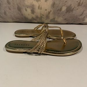 GENTLY WORN TALBOTS GOLD THONG SANDALS SIZE 8